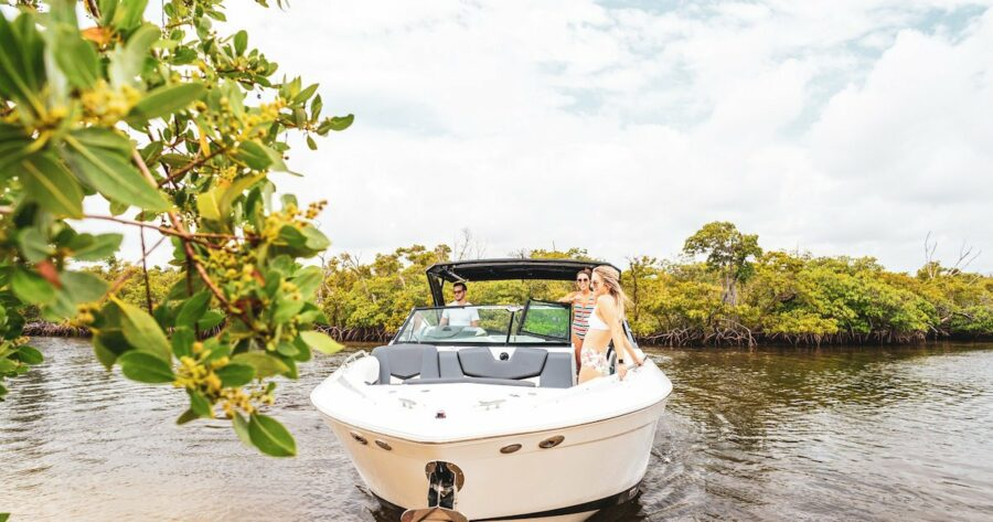 Summer Boating Activities: 7 Things for Your To-Do List
